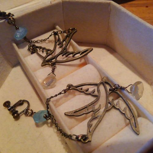ツバメのイヤリング